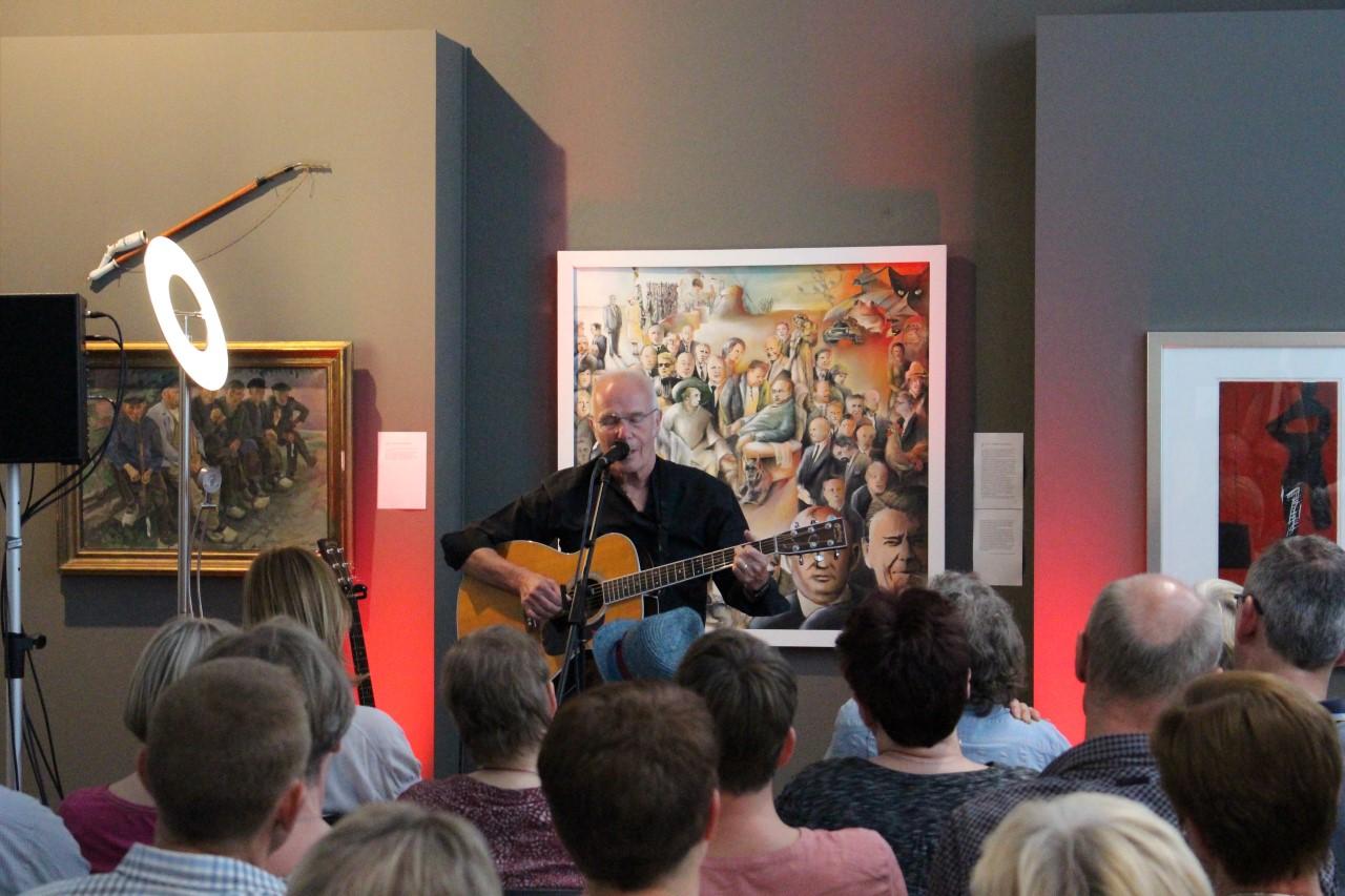 Allan Taylor beim Auftritt
